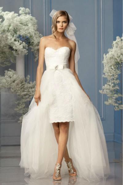 асимметричные свадебные платья со съемным вариантом длинного низа