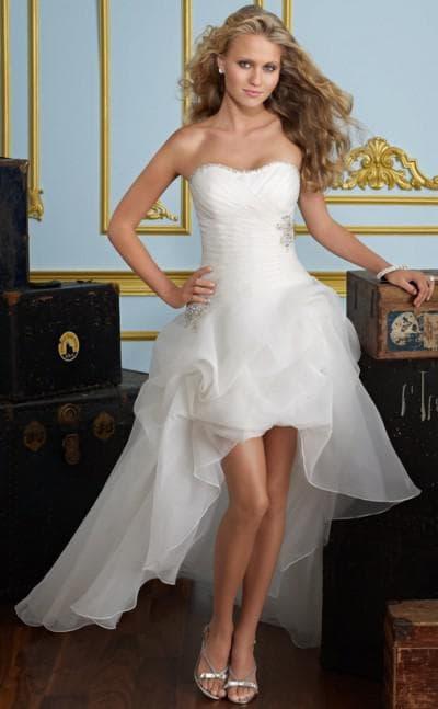 асимметричные свадебные платья короткое со съемным шлейфом
