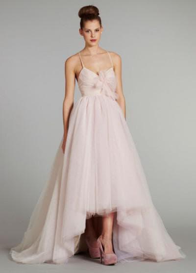 ассиметричное платье от Hayley Paige