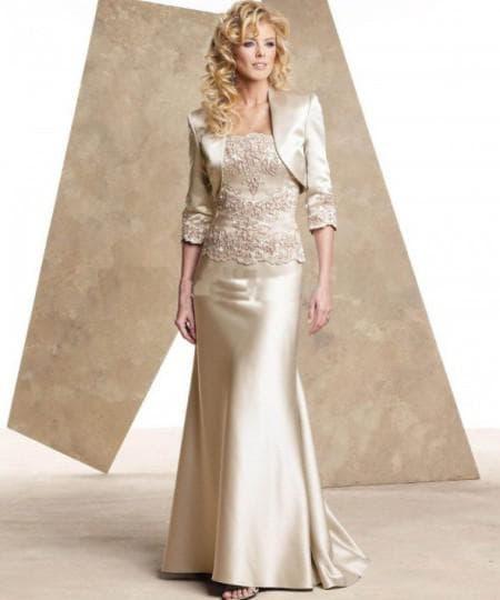 платья для мамы невесты длинный рукав