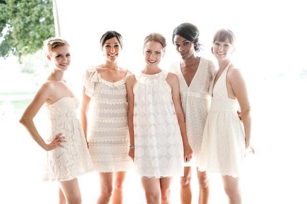 белое платье на свадьбу подруги