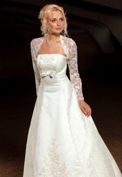 свадебное платье из атласа с болеро