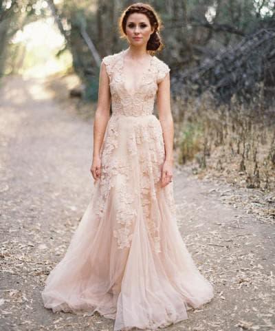 свадебное платье с кружевным верхом от Рим Акра