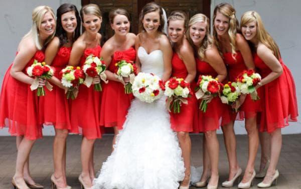 букет для красного платья
