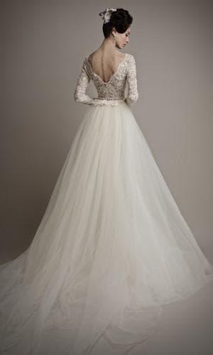 свадебное платье с вырезом на спине от Ersa Atelier