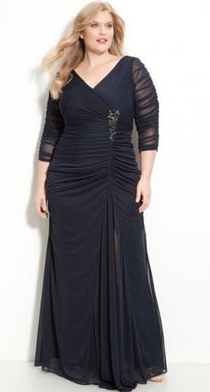 длинное нарядное платье с рукавов 3/4 для полных женщин