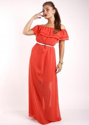длинное платье с воланами на плечах