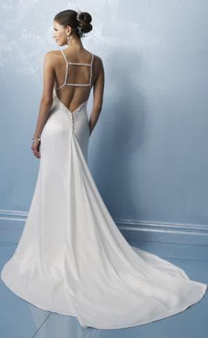 свадебное платье с вырезом на спине от Swing