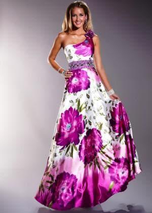 вечернее платье с цветным принтом