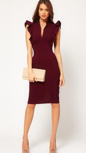 платье с оборкой на плечах от Dolce&Gabbana