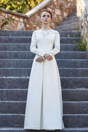 венчальное платье с длинным рукавом