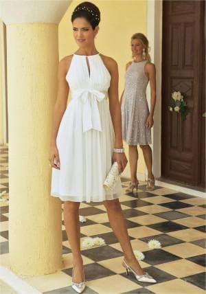 платье романтического стиля на выпускной для мамы