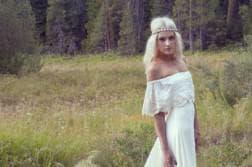 фото свадебные платья с рукавами кружево