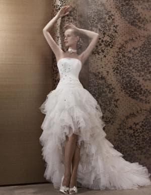 очень пышное каскадное свадебное платье