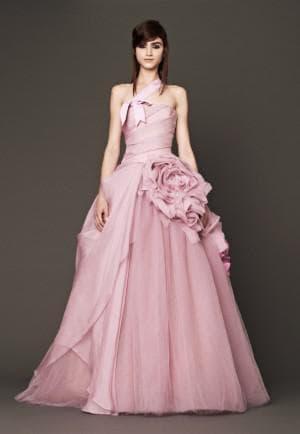 свадебное платье цвета розовое мороженное от Вера Вонг Nessa