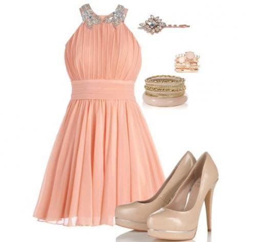 аксессуары и обувь серого цвета для персикового платья