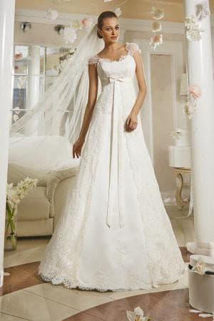 свадебное платье А силуэт цвета айвори