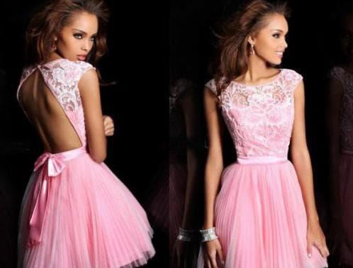 платье с открытой спиной и пышной юбкой