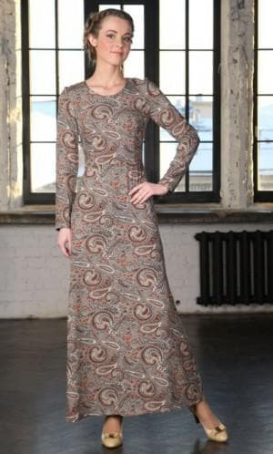 нарядное приталенное платье из штапеля