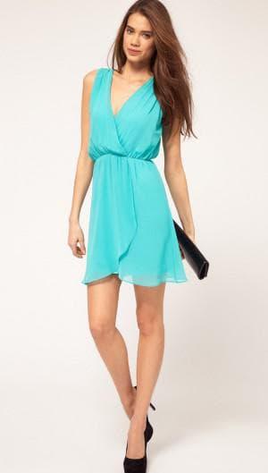 летнее короткое платье из шифона