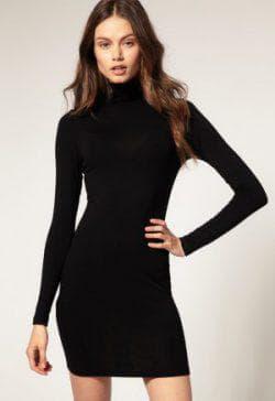 платье свитер из трикотажа с длинным рукавом