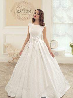 свадебное пышное платье из жаккарда
