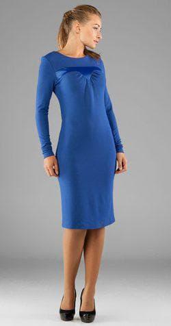 синее платье из трикотажа с длинным рукавом
