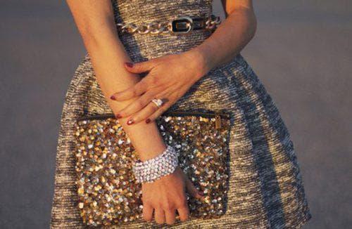 бижутерия под золотое платье