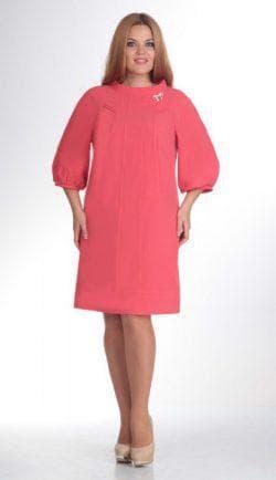 тёплое платье а силуэта с рукавом для полных