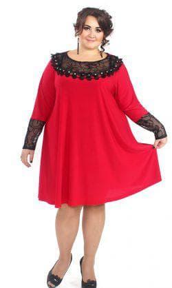 красное платье а силуэта для полных
