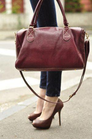 сумочка для бордового платья