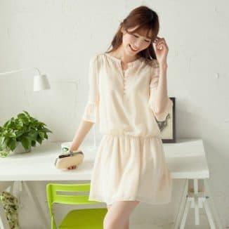 короткое шифоновое платье с длинным рукавом