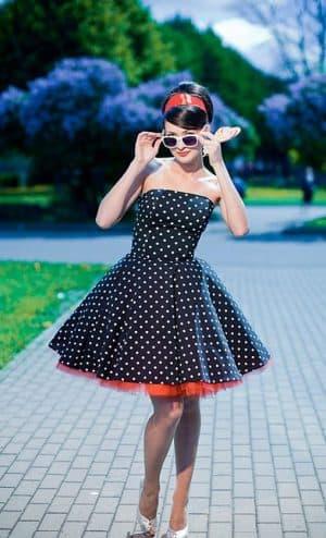 платья в стиле 60 х годов