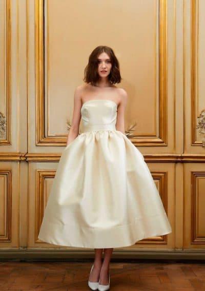 свадебное платье миди из атласа
