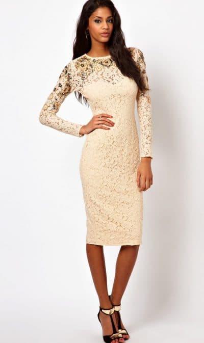 кружевное платье футляр с рукавом