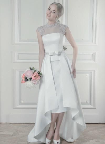 свадебное ассиметричное платье с короткими рукавчиками