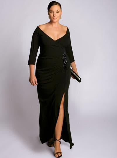 платье большого размера с обтягивающим лифом