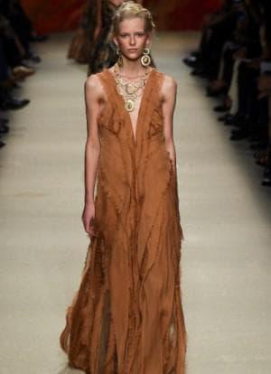 вечерние платья для женщин 50 лет от Alberta Ferretti
