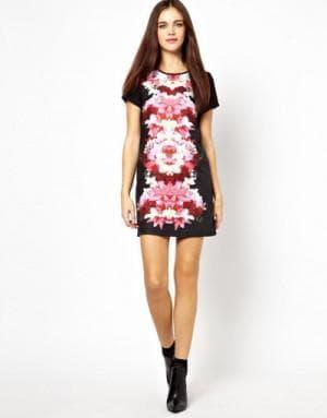 платье с цветным однотонным принтом