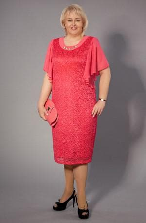 летнее платье для больших женщин