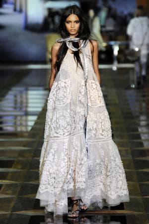 платье из ирландского кружева от Roberto Cavalli