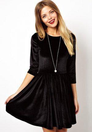 бархатное платье чёрного цвета