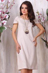 платье из льна бежевого цвета