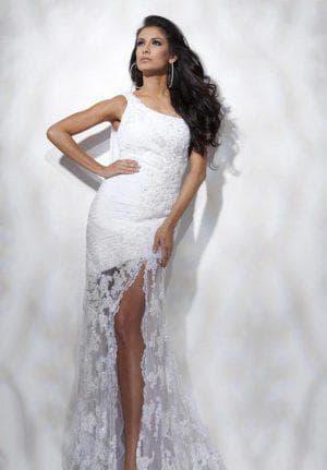 свадебное трикотажное платье с кружевом по низу