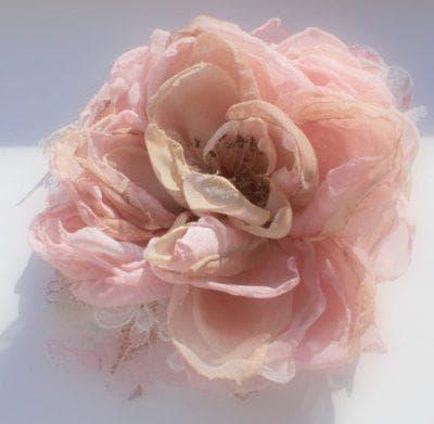 цветы из шифона для украшения платья