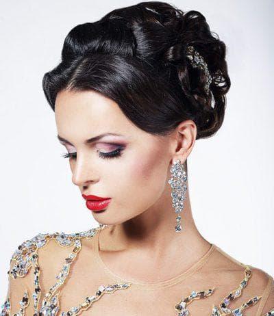 причёска и макияж под платье с пайетками